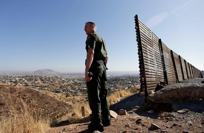 Muro de Trump es señuelo, falsificación y mentira: TNYT